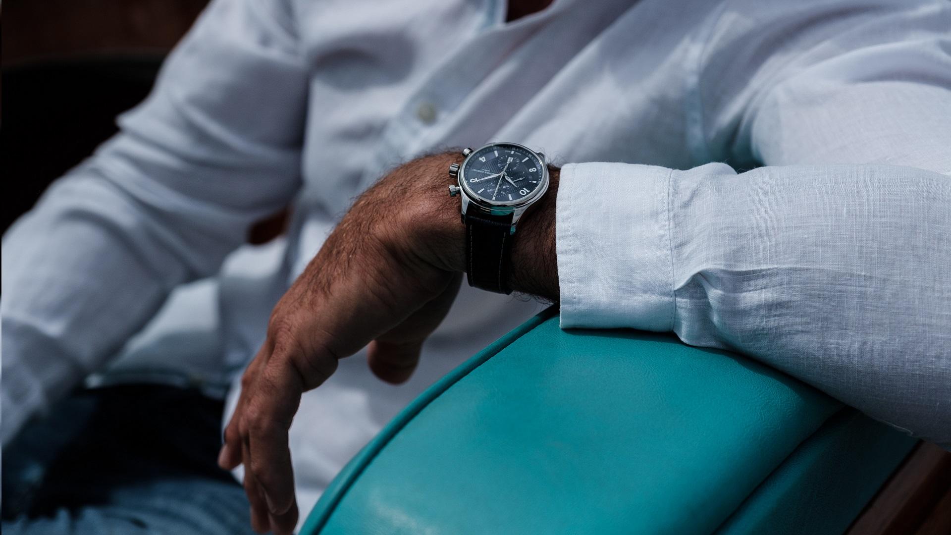 Frederique Constant presenta dos nuevos relojes Runabout Chronograph Automatic